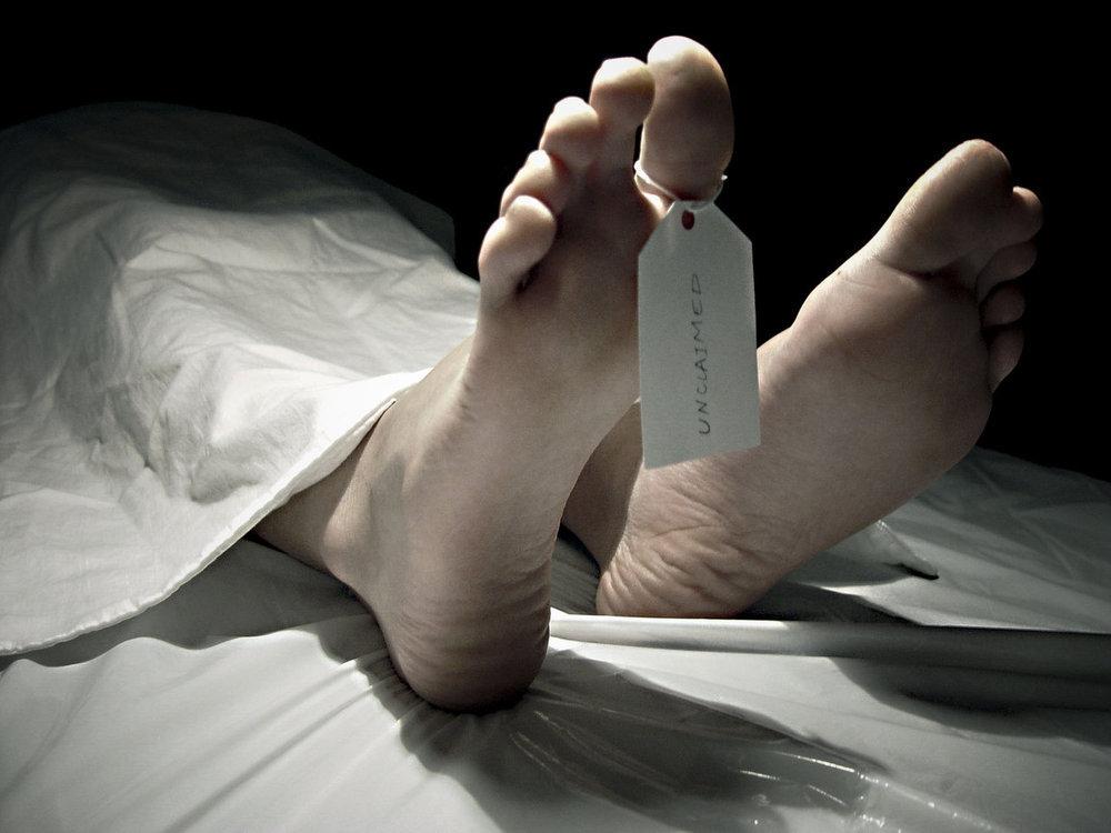 Tag on toe of deceased